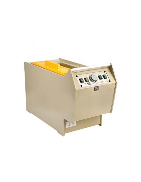 Leptací zařízení a procesní tanky